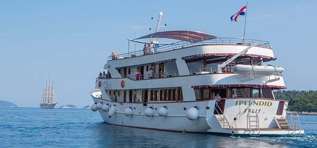 MS Splendid, the ship servicing Croatia Island Hopping Cruise from Dubrovnik