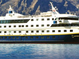 Travel on the National Geographic Endeavour II