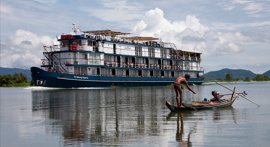 Jayavarman, the ship servicing Pearl of the Orient (Upstream)