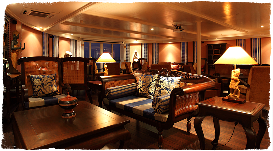 Jayavarman lounge | The Small Cruise Ship Collection