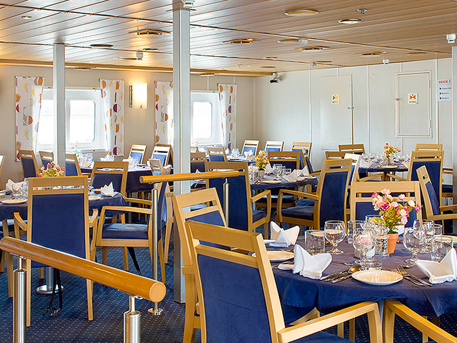 Ocean Nova Dining Room | The Small Cruise Ship Collection