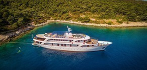 Diamond/Romantic Star/Esperanza, the ship servicing Croatia Luxury Cruise: from Split to Dubrovnik