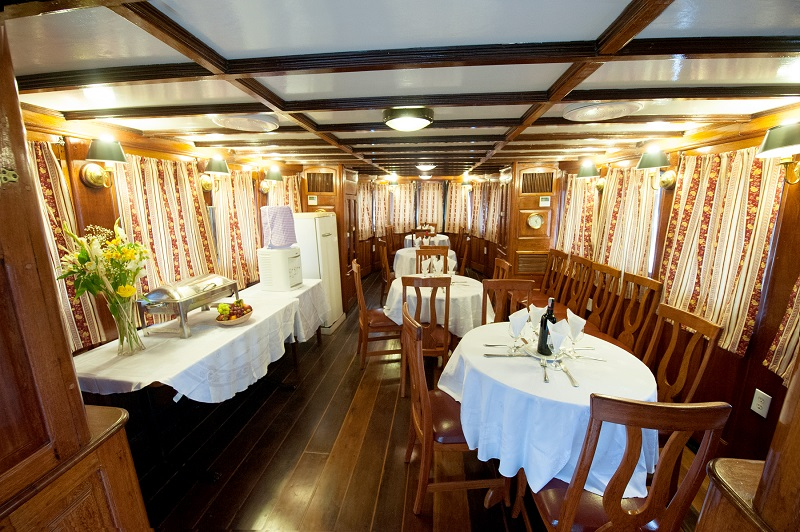 Tucano dining room | The Small Cruise Ship Collection
