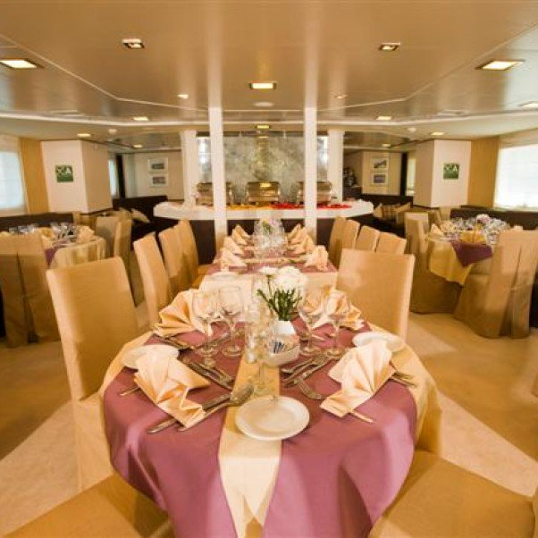 Harmony V dining room | The Small Cruise Ship Collection.